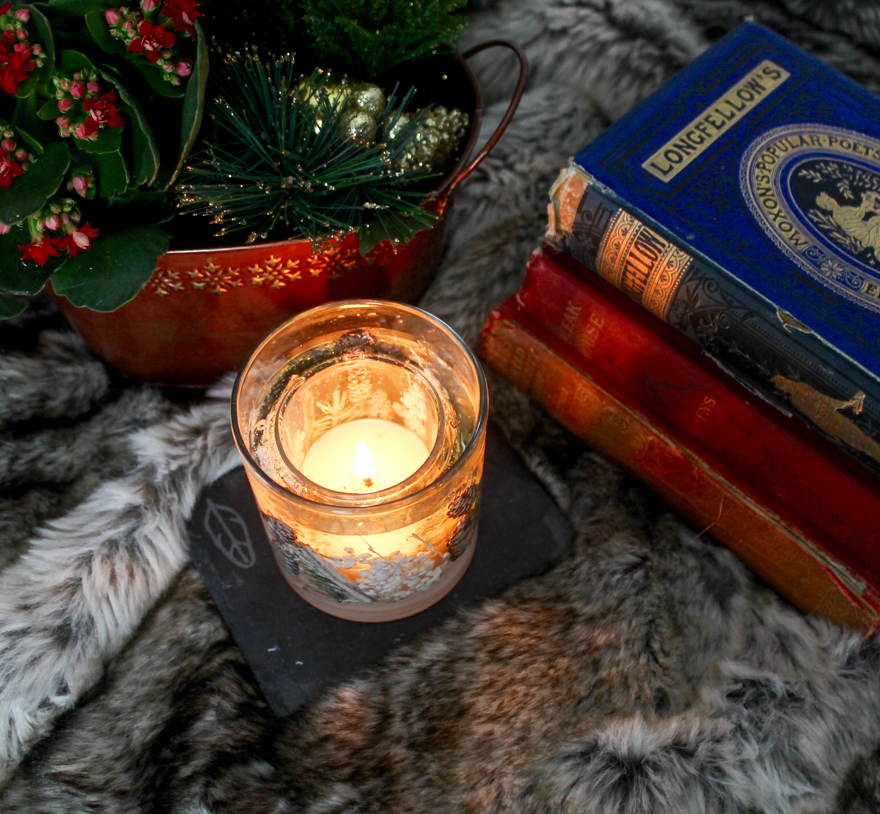 The Ghosts of Christmas Past Short Story by Harriet Young